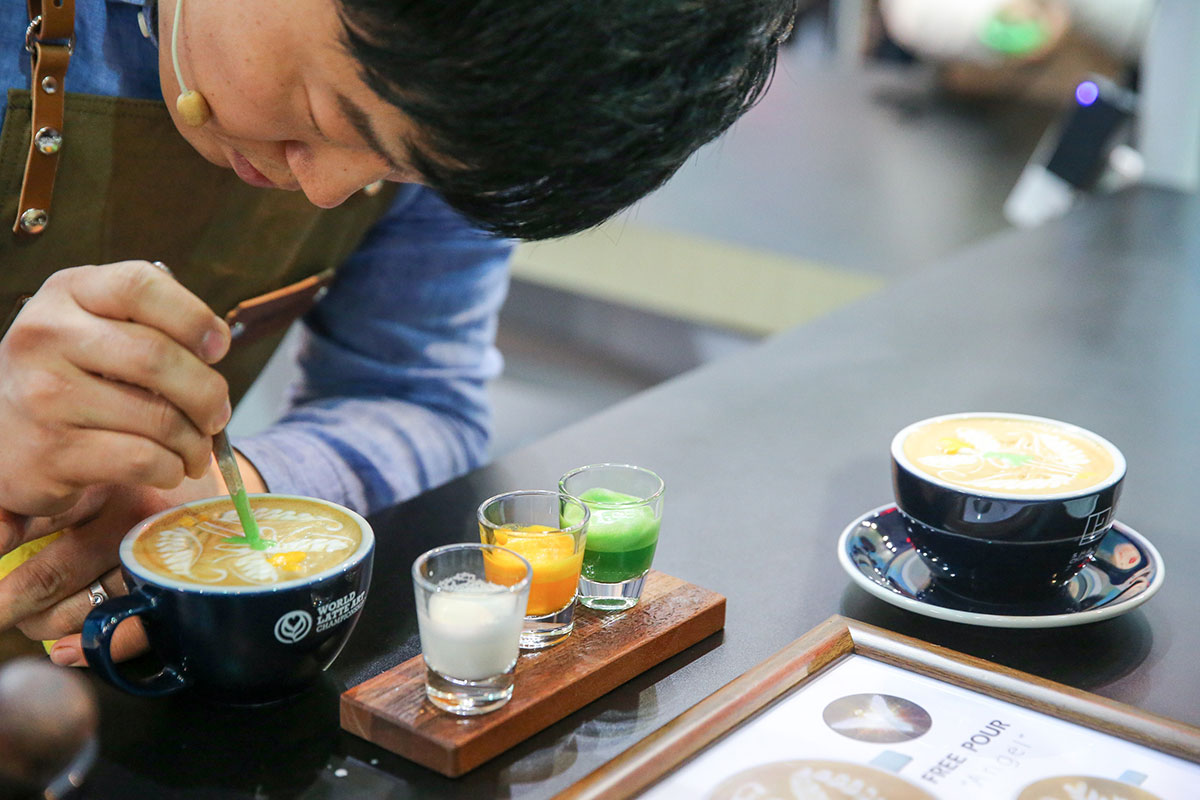 What You Need for Coffee Art Latte